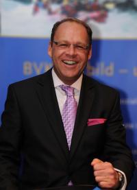 Dirk Schumann (Dirk Schumann)